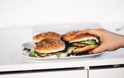 Cómo preparar una hamburguesa de pescado